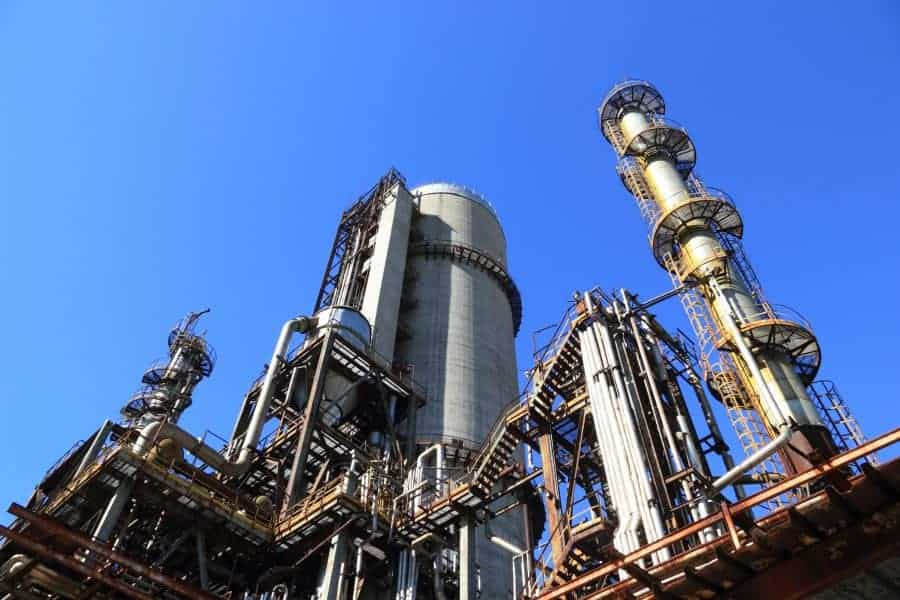 Obligations of the chemical industry in meeting REACH regulations - legislation applies to different types of chemical companies