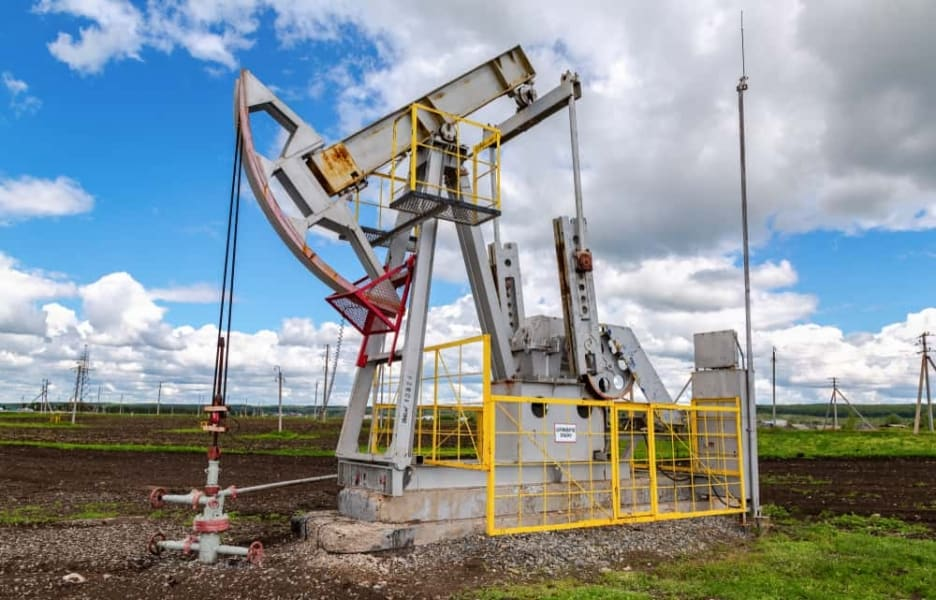 Chemical additives used in hydraulic fracking